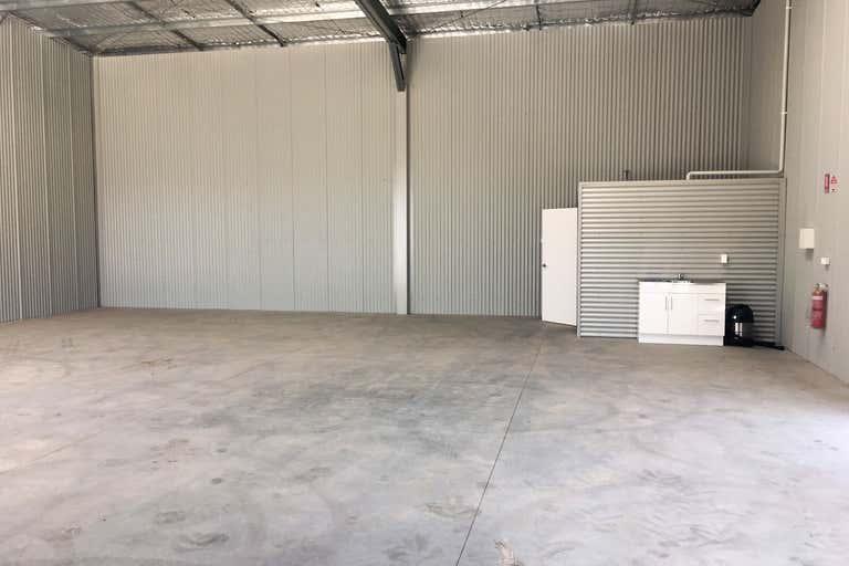 20 Mayfair Close Morisset NSW 2264 - Image 2