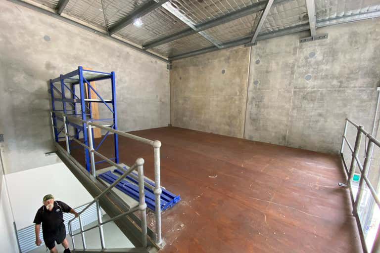 Unit 12, 21 Cemetery Road Helensburgh NSW 2508 - Image 4