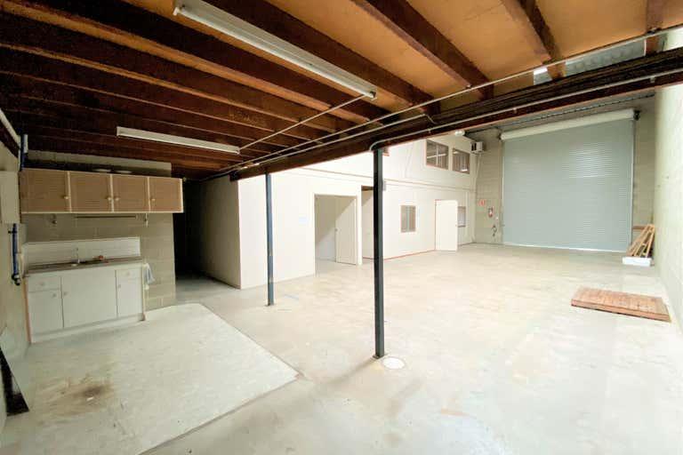 Unit 2/1 Balmain Street Underwood QLD 4119 - Image 3