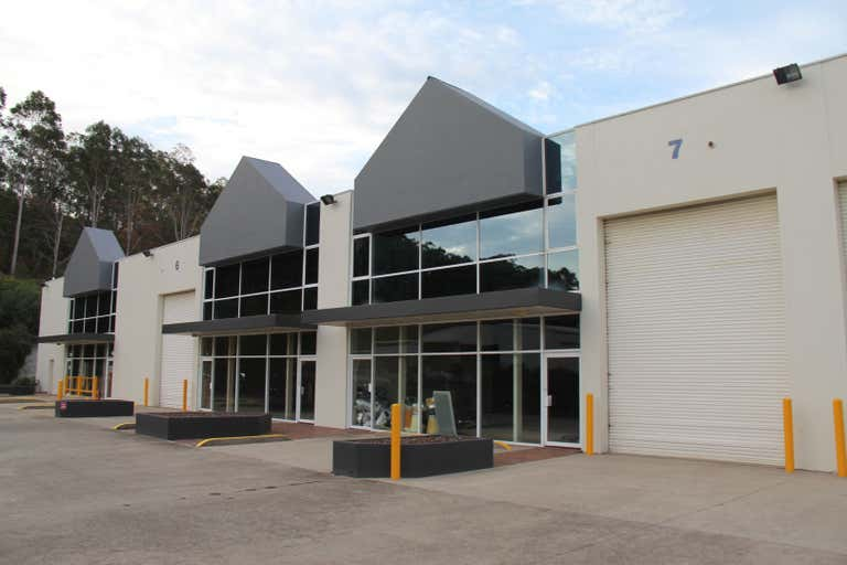 Unit 6 & 7, 5 Harbord Road Campbelltown NSW 2560 - Image 1