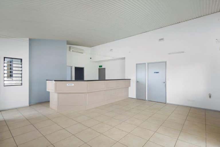 33a Rene Street Noosaville QLD 4566 - Image 2