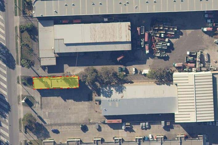 Unit 1, 21-23 Governor Macquarie Dr Chipping Norton NSW 2170 - Image 4