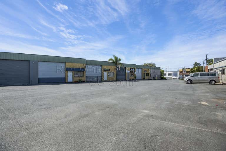 8/38 Machinery Drive Tweed Heads South NSW 2486 - Image 4