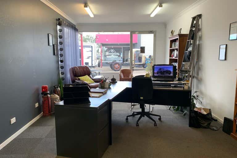 1/30 Rovan Place Bairnsdale VIC 3875 - Image 3