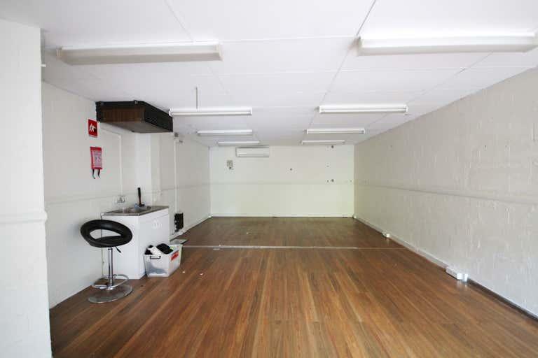 3/13 Karp Court Bundall QLD 4217 - Image 2