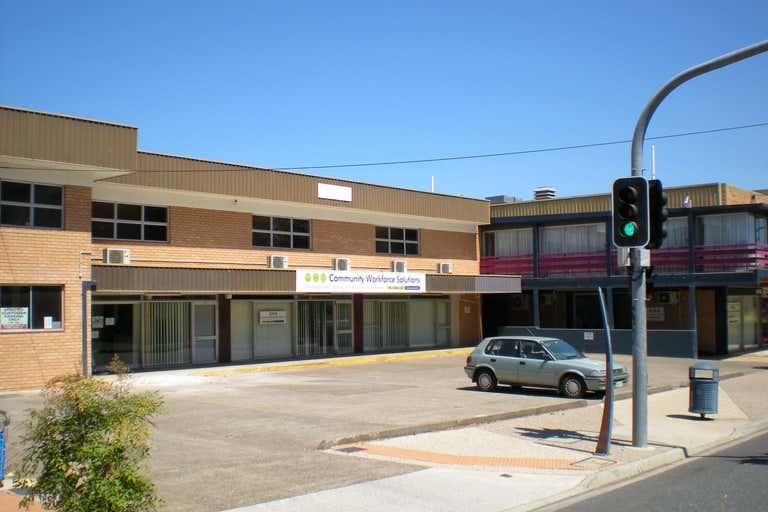 6, 108-112 Florence Street Wynnum QLD 4178 - Image 2