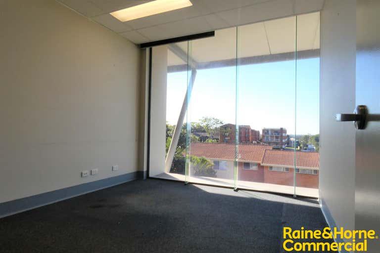 Suite 304, 147 Gordon Street Port Macquarie NSW 2444 - Image 3