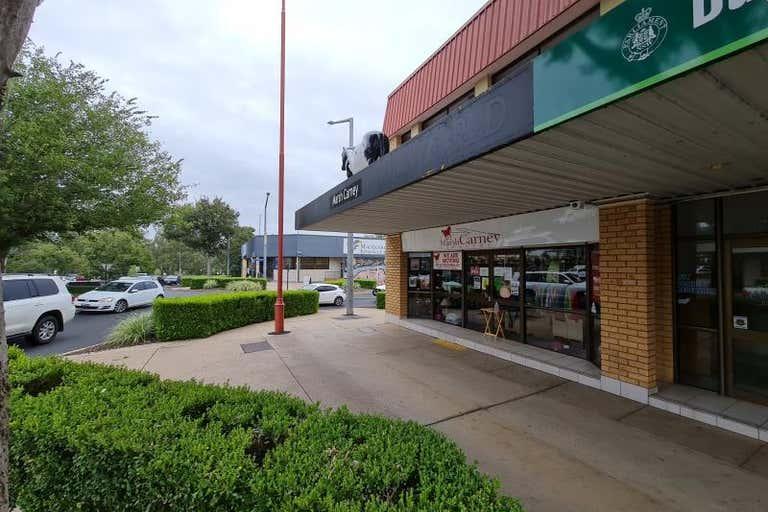2/18 Talbragar Street Dubbo NSW 2830 - Image 2