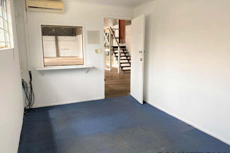 5/3 Bellevue Street Toowoomba City QLD 4350 - Image 3