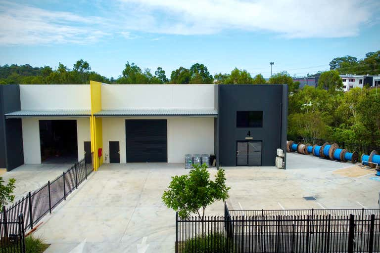 4/11-17 Frank Heck Close Beenleigh QLD 4207 - Image 1