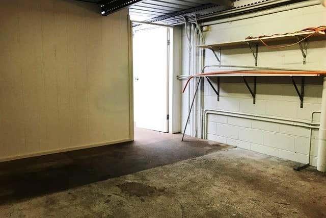 Unit 2, 6 Donnison Street West West Gosford NSW 2250 - Image 3
