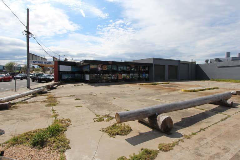 595 Esplanade Lakes Entrance VIC 3909 - Image 1