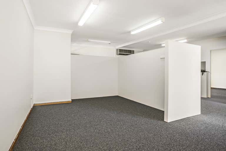 3/135 Keira Street Wollongong NSW 2500 - Image 2