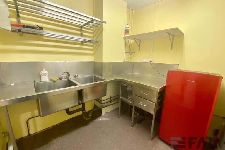 Unit  6, 20 Park Road Milton QLD 4064 - Image 3
