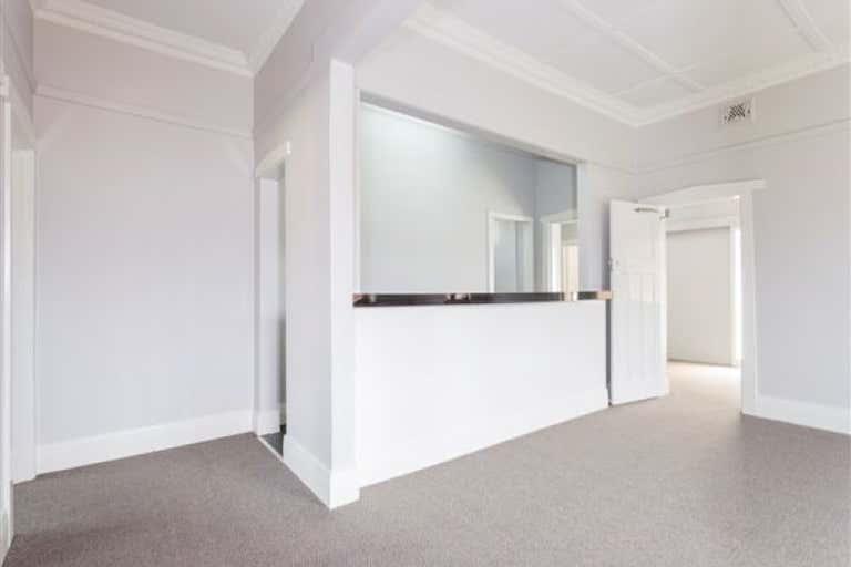 663 Pemberton Street Albury NSW 2640 - Image 2