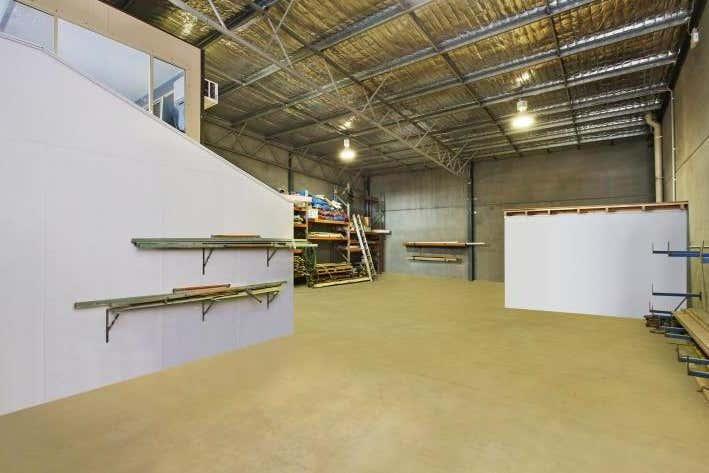 Unit 2., 21 Amsterdam Circuit Wyong NSW 2259 - Image 1