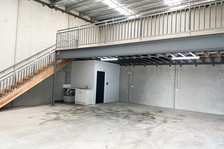 10 Cave Place Clyde North VIC 3978 - Image 2