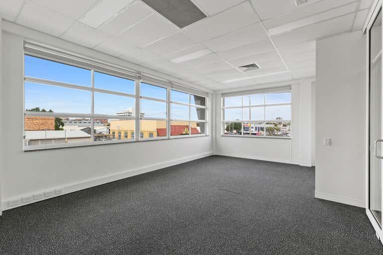 8 Archer Street Rockhampton City QLD 4700 - Image 1