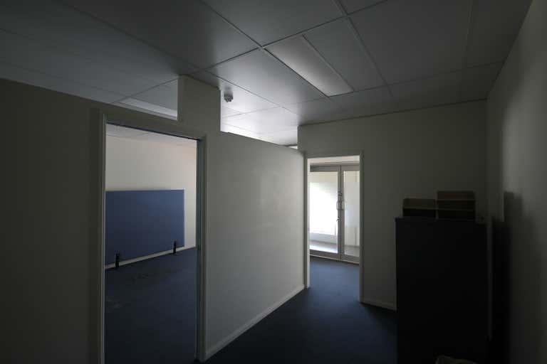 9/32 Middle Street Cleveland QLD 4163 - Image 3