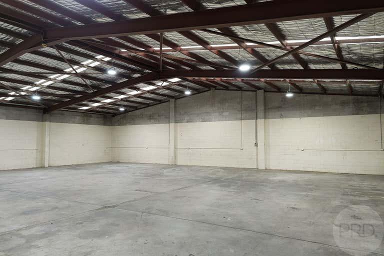 2/11 Smith Street Emu Plains NSW 2750 - Image 2