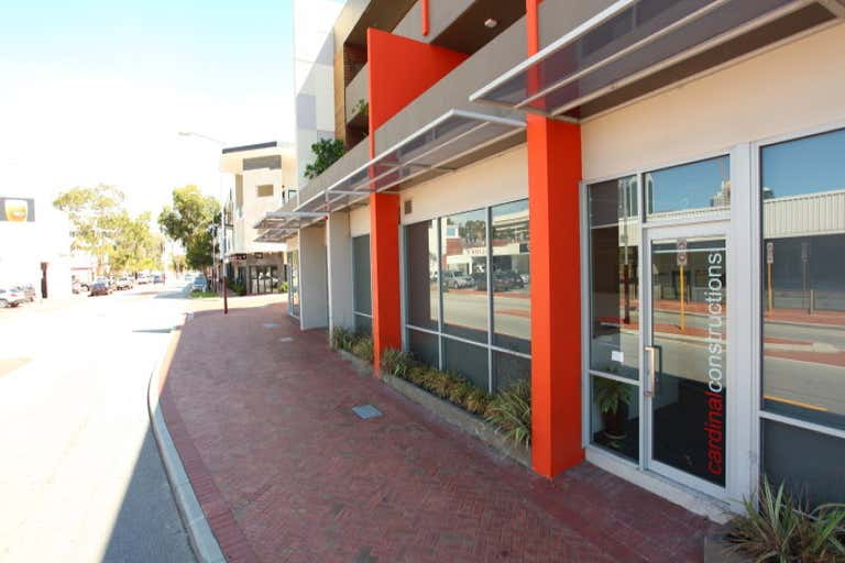 2/2 Braid Street Perth WA 6000 - Image 2