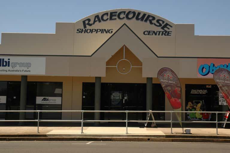 2/106 Maryborough Bundaberg South QLD 4670 - Image 3