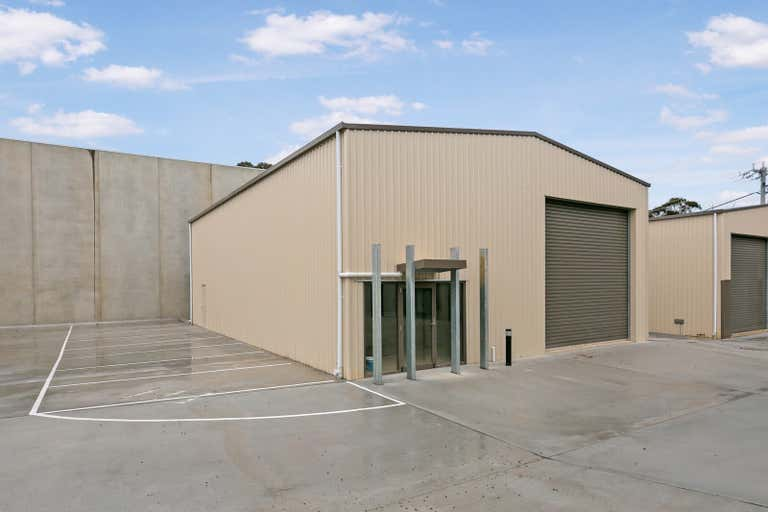 Shed 2, 4 Schoder Street Strathdale VIC 3550 - Image 2