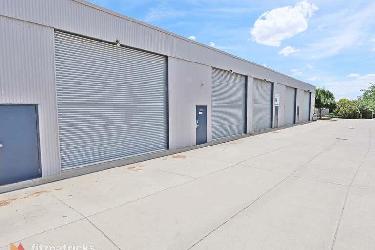 4/23 Copland Street Wagga Wagga NSW 2650 - Image 1