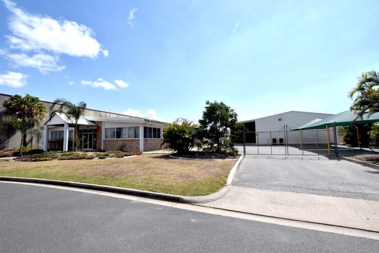 9 Hilliard Street Gladstone Central QLD 4680 - Image 3