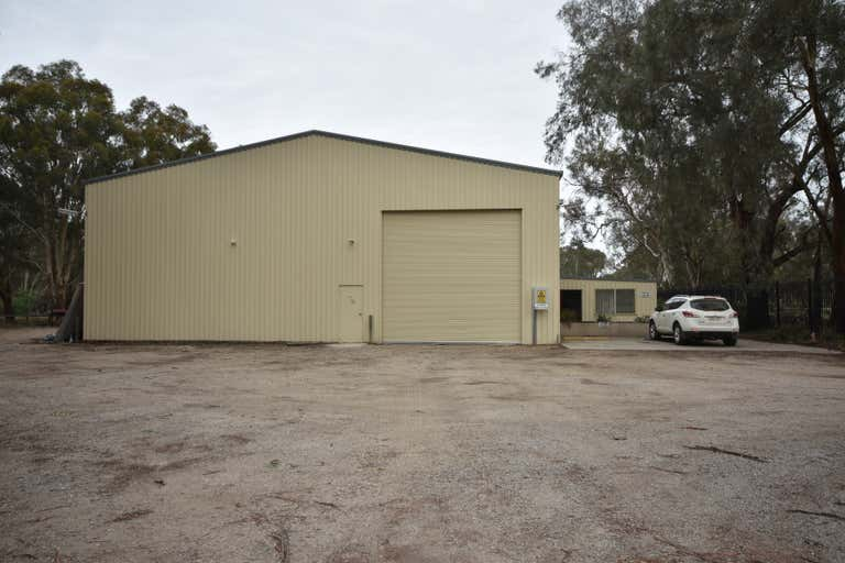 494 Dallinger Road Lavington NSW 2641 - Image 2