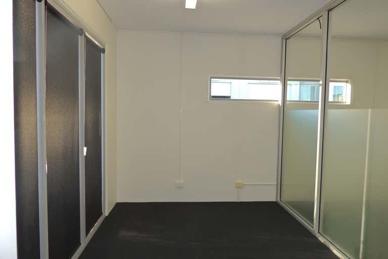 18/75 Waterway Drive Coomera QLD 4209 - Image 4