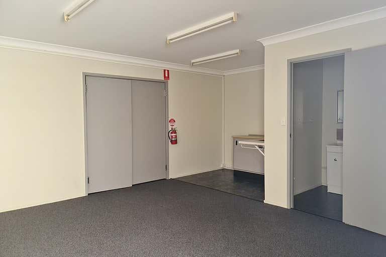 8/221 Lennox Street Maryborough QLD 4650 - Image 4