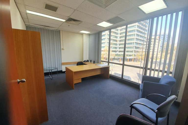 17 Barry Drive Turner ACT 2612 - Image 3