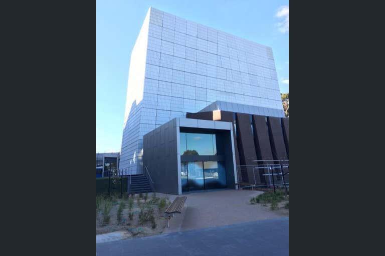 Monash University, Campus Centre, 21 Chancellors Walk Clayton VIC 3168 - Image 1
