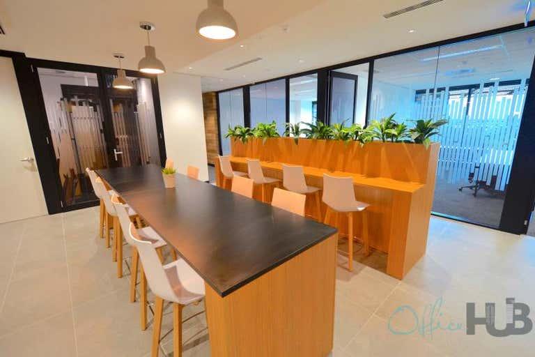 10/76 Skyring Terrace Newstead QLD 4006 - Image 2