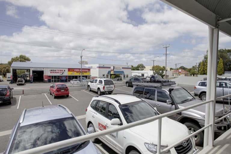 28-30 Mortlock Terrace Port Lincoln SA 5606 - Image 3