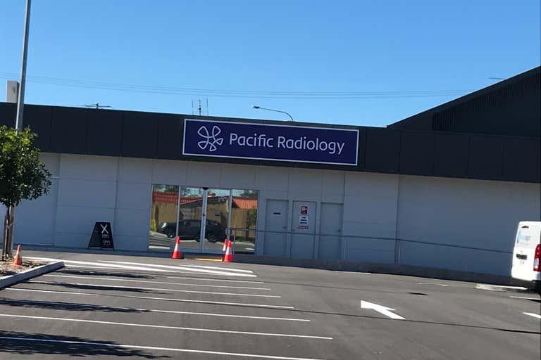 Shop D & E, 2  Caloundra Rd Caloundra QLD 4551 - Image 3