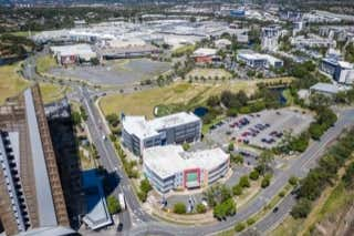 4/2 Waterfront Place Robina QLD 4226 - Image 3