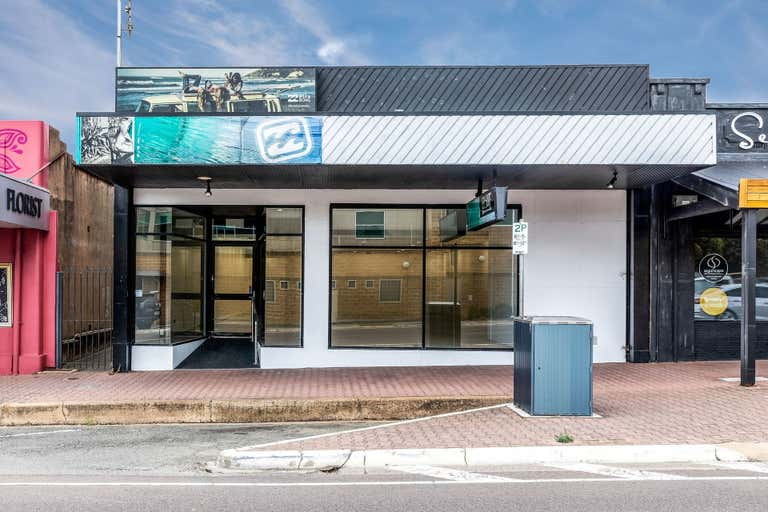 8 Liverpool Street Port Lincoln SA 5606 - Image 1