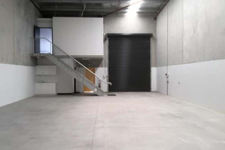 Unit 2, 35 Five Islands Road Port Kembla NSW 2505 - Image 4