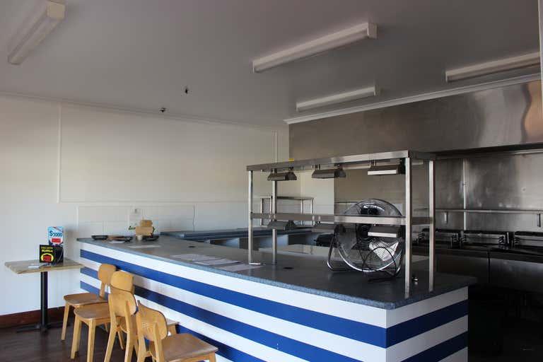 Shop 7, 692 Ruthven Street Toowoomba City QLD 4350 - Image 2