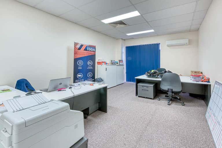 4a/26 Somerset Avenue Narellan NSW 2567 - Image 2