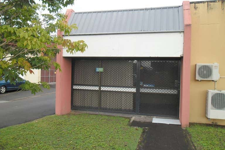 1/12 Morrison Street Portsmith QLD 4870 - Image 1
