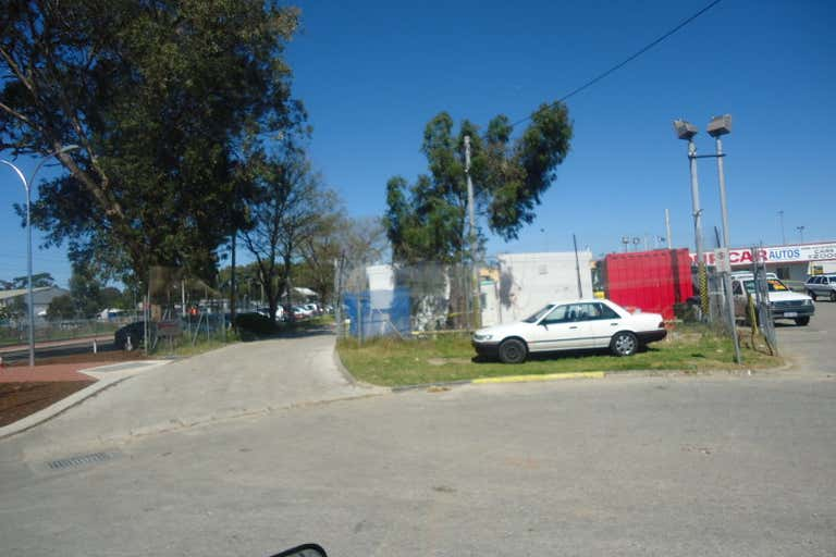 Sales, Display, Storage Yard, 3/9 Samson Street Maddington WA 6109 - Image 2
