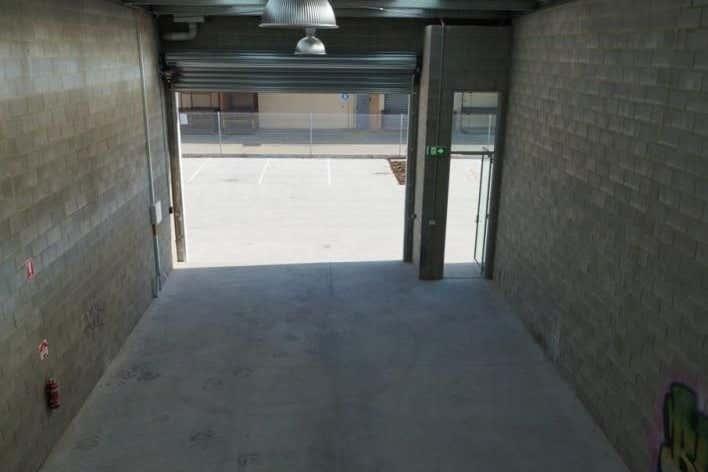 Unit 16, 102 Henkel Street Brunswick VIC 3056 - Image 4