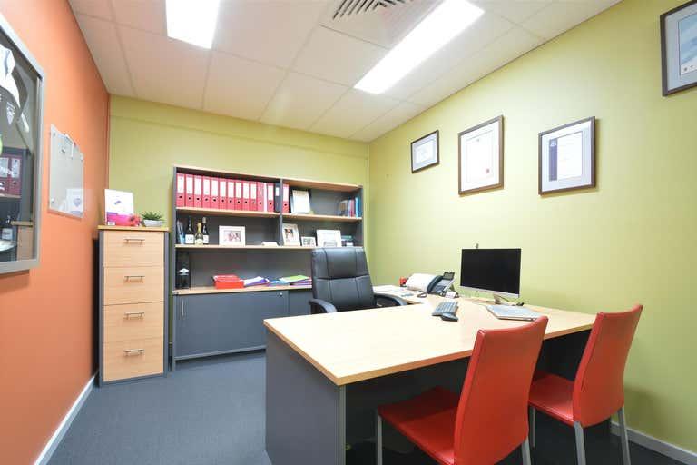 2/8 Garnett Road East Maitland NSW 2323 - Image 3