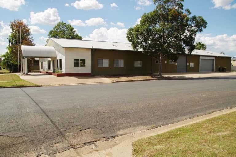 32 Barwan Street Narrabri NSW 2390 - Image 2