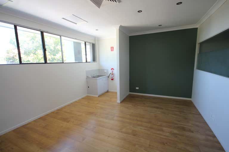 Suite 11/2098 Gold Coast Highway Miami QLD 4220 - Image 3