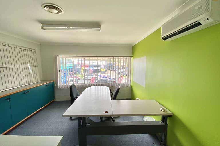 1/36 Lawrence Drive Nerang QLD 4211 - Image 4