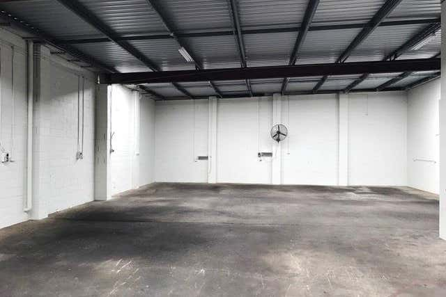 Unit 2, 6 Donnison Street West West Gosford NSW 2250 - Image 2